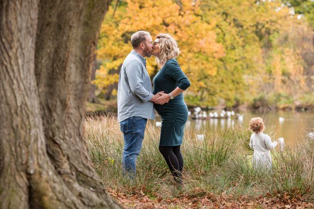 Autumn Maternity Shoot with the MacPhersons
